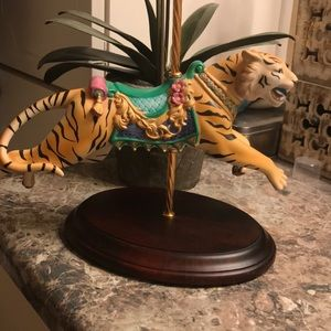 Franklin mint Tiger carousel